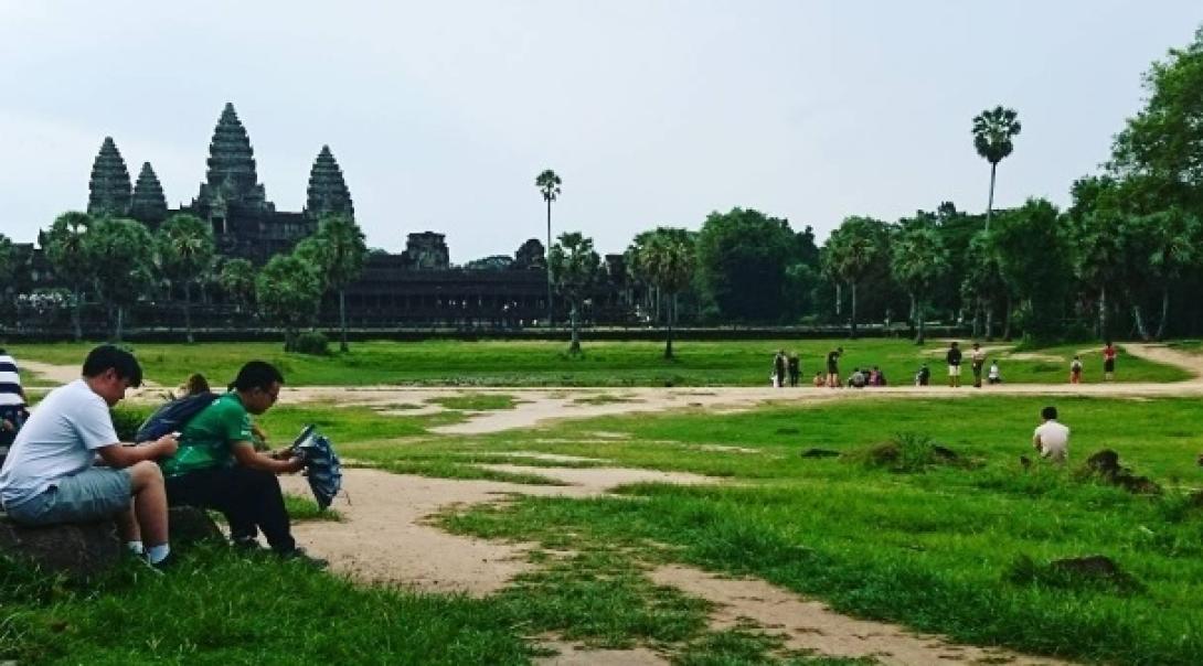 カンボジアでチャイルドケア&地域奉仕活動 Y.F.